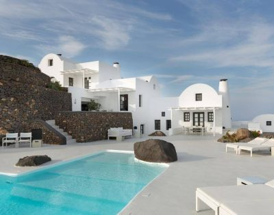 Perfect Holiday in Oia
